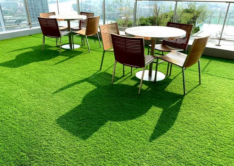 hierba artificial terraza